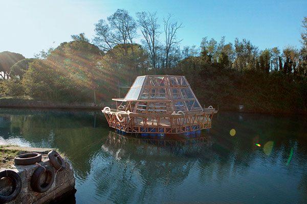 jellyfish-barge-6